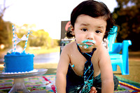 9-7-2013-Adan1stBdayCakeSmash-87edit