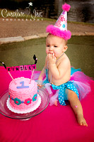 8-10-2013-Kinsley1CakeSmash-79web