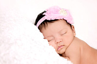 1-12-2014-IsabellaNewborn4wks-24edit